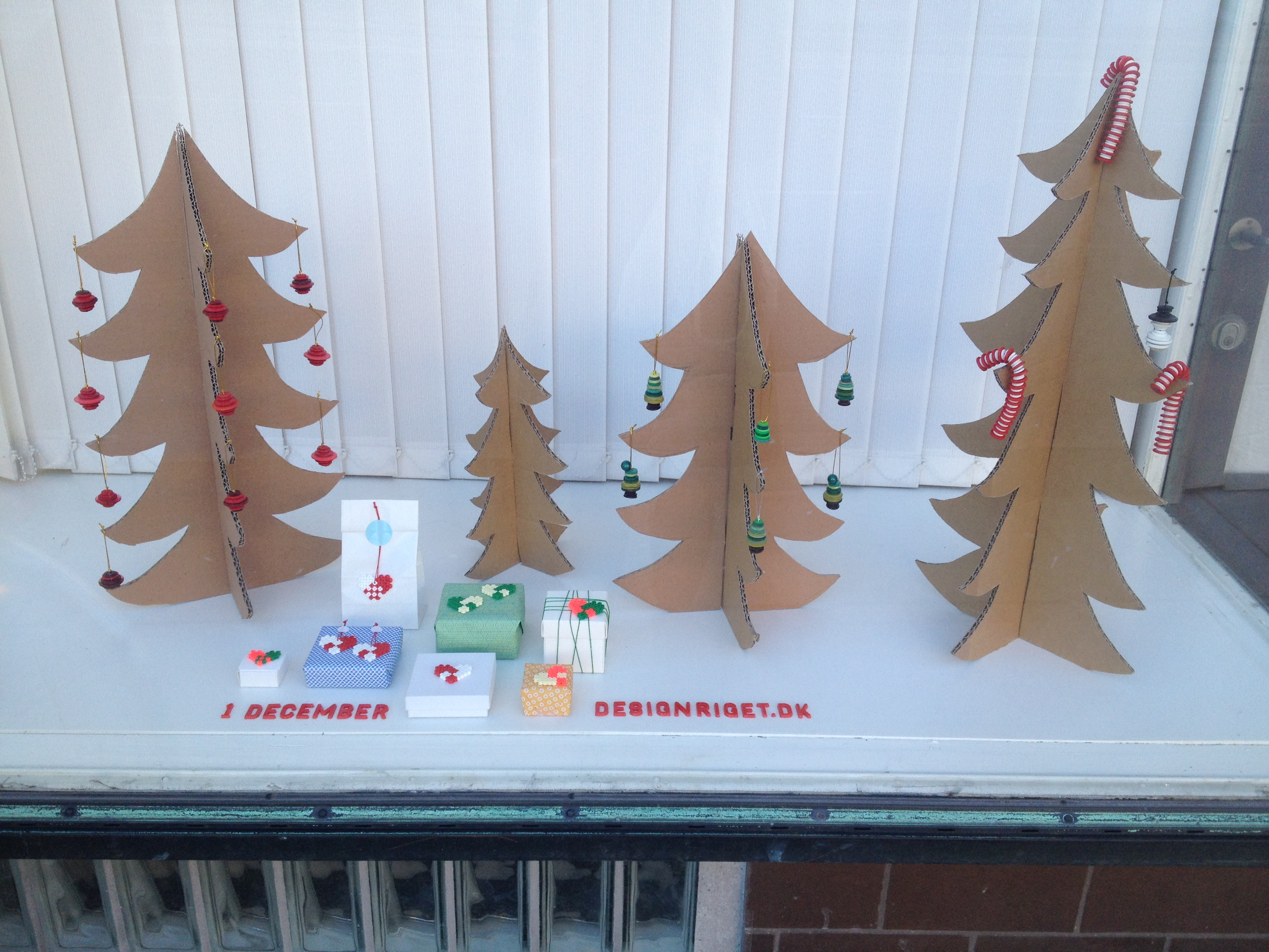 juletræ lavet i træ